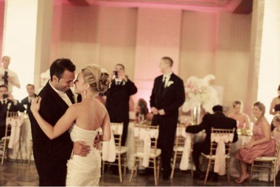 Elegancki ślub w stylu złoto-różowym