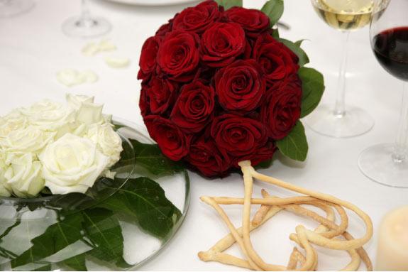 Bukiet Ślubny z Czerwonych Róż