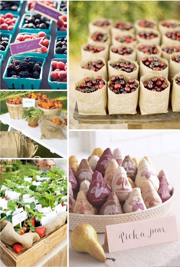 Upominki dla gości w formie ładnie opakowanych owoców