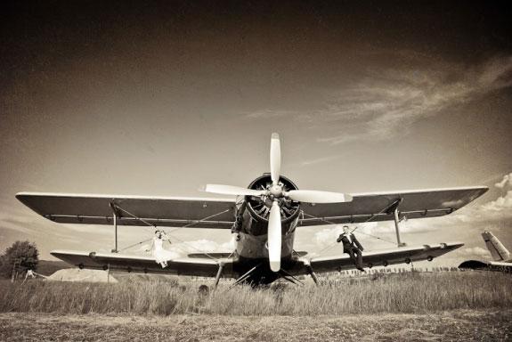 Czarno Białe zdjęcia Ślubna na Samolocie