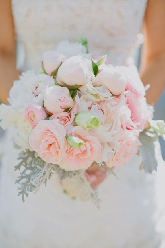 Bukiet Ślubny w Delikatnym Różowym Kolorze