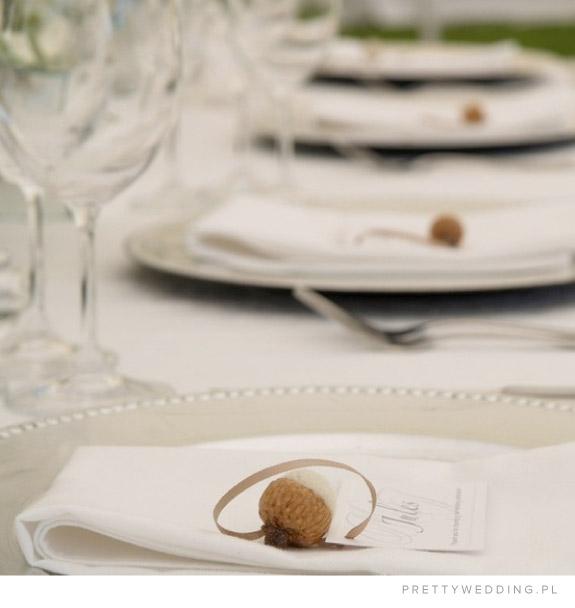 Winietki ślubne z żołędziem