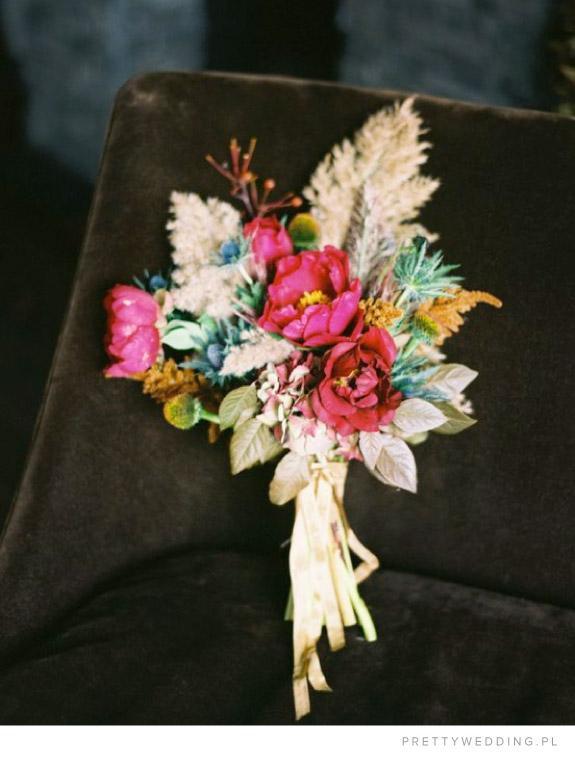 butonierka na ślubn jesienią