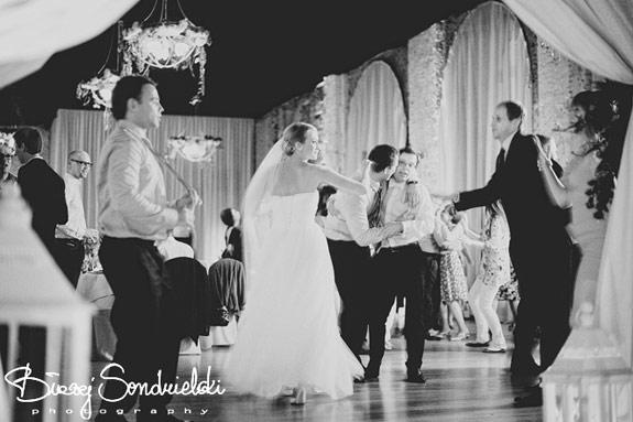 Tańce i zabawy na weselu