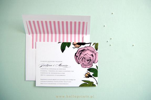 Różowe zaproszenia z kwiatami