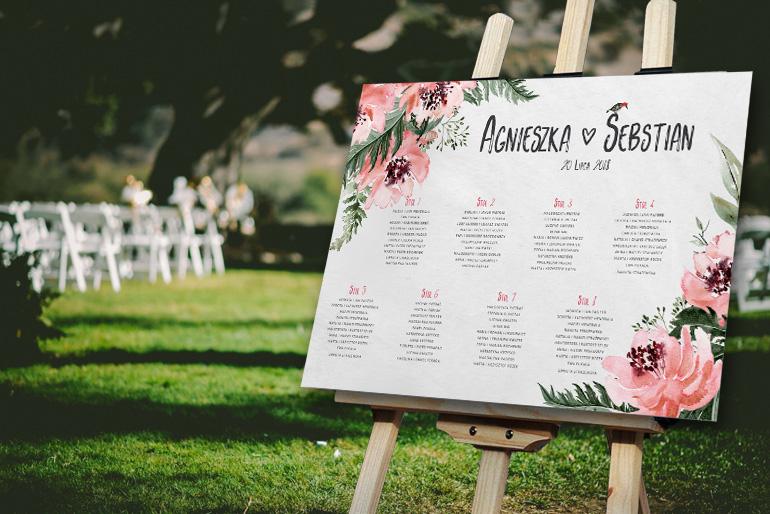 Rustykalny plan usadzenia gości z leśnymi kwiatami